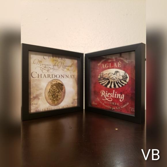 Riesling & Chardonnay Shadowbox Style Wine Wallart